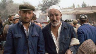 Une loi « légalise » les camps de rééducation du Xinjiang
