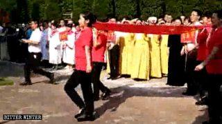 Des chants communistes dans les églises pour le 70e anniversaire de la République populaire de Chine