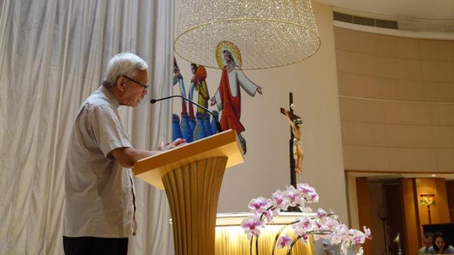 Le cardinal Zen conduit un temps de prière pour Hong Kong le 15 septembre en l'église Notre-Dame du Mont Carmel (UCANews)